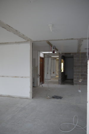Mid Entrance Hall